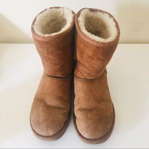UGG Australia short tan boots
